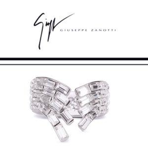 giuseppe zanotti • NEW • Crystal baguette ring